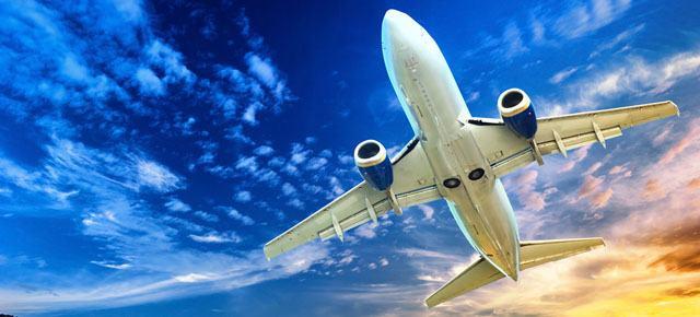 avião no ar céu