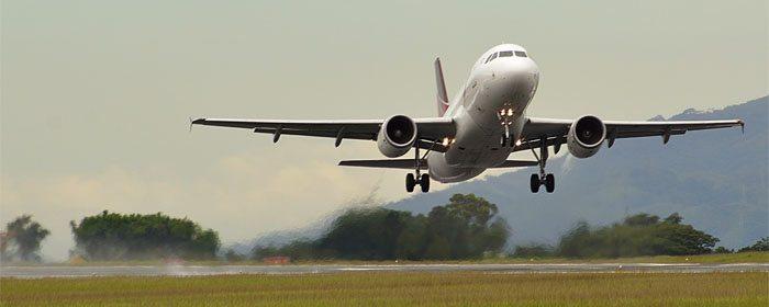 decolando avião