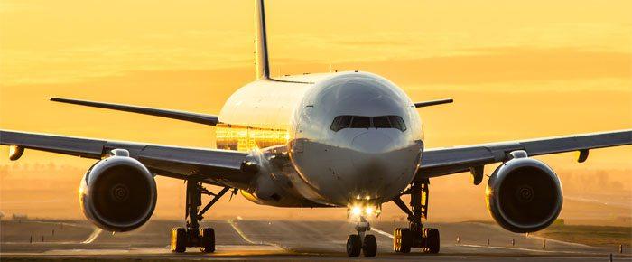 avião com luz
